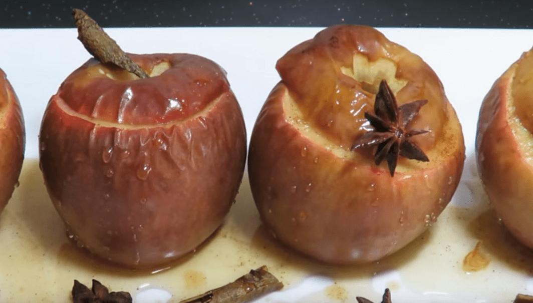 Как в аэрогриле запекать яблоки: 4 лучших, пошаговых варианта приготовления